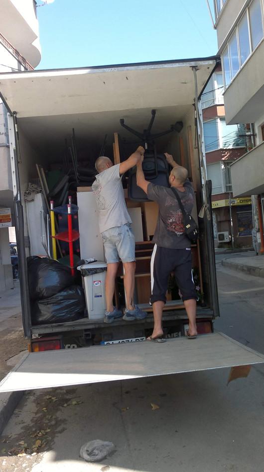 Транспортни услуги и хамали за Варна