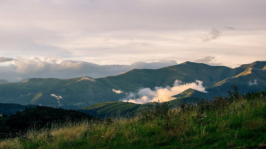 mountain-3416436_1280.jpg