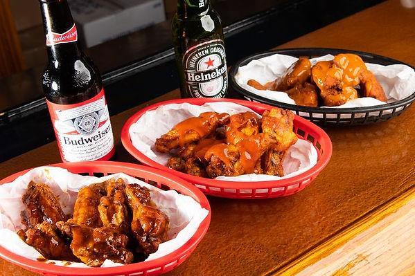 beer and wings.jpeg