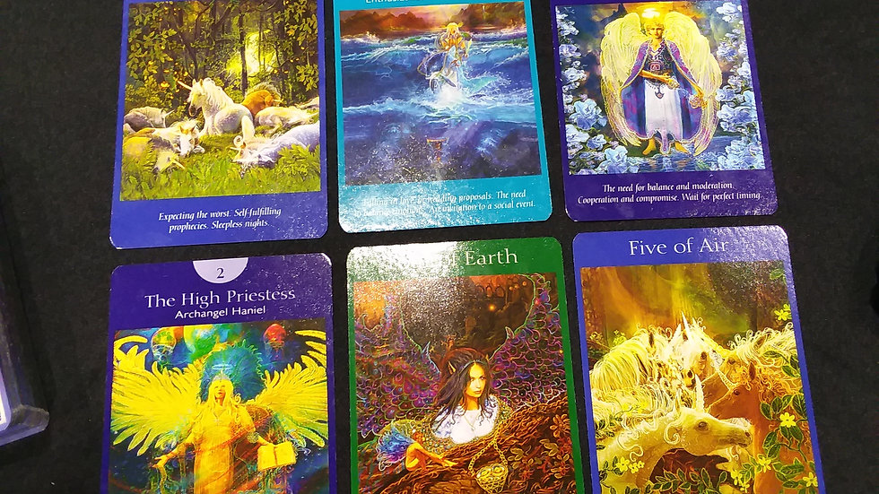 Angel, Oracle or Tarot card reading - 60 min.