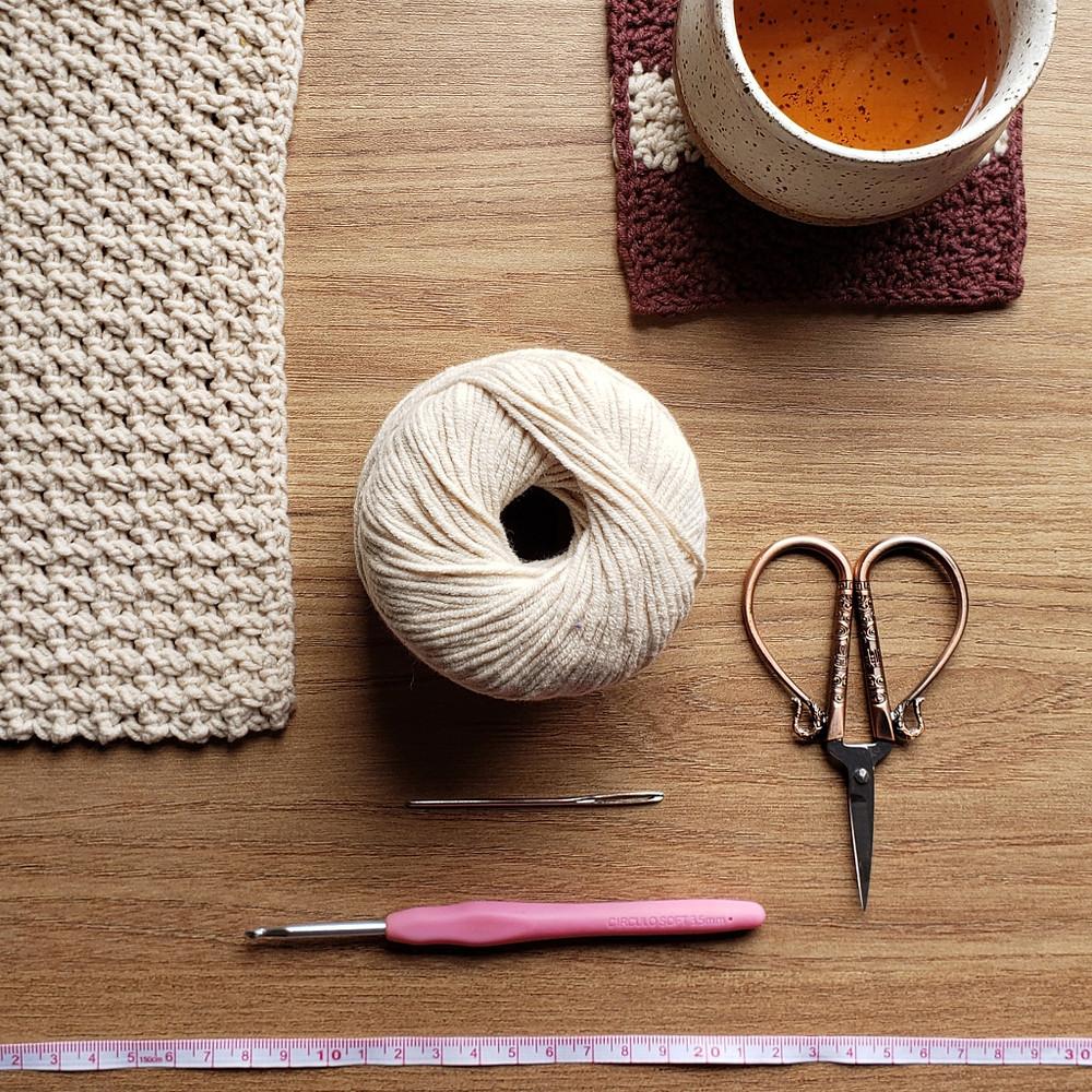 materiais de crochê