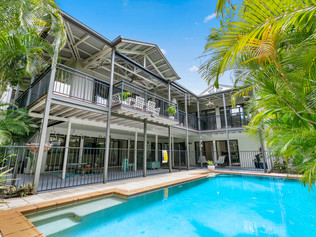 12 BELFA PLACE NOOSA HEADS