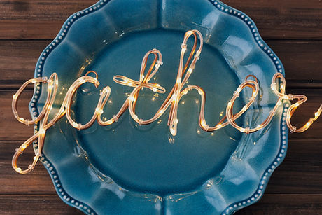 58664_Gather_light_on_Blue_Plate.jpg