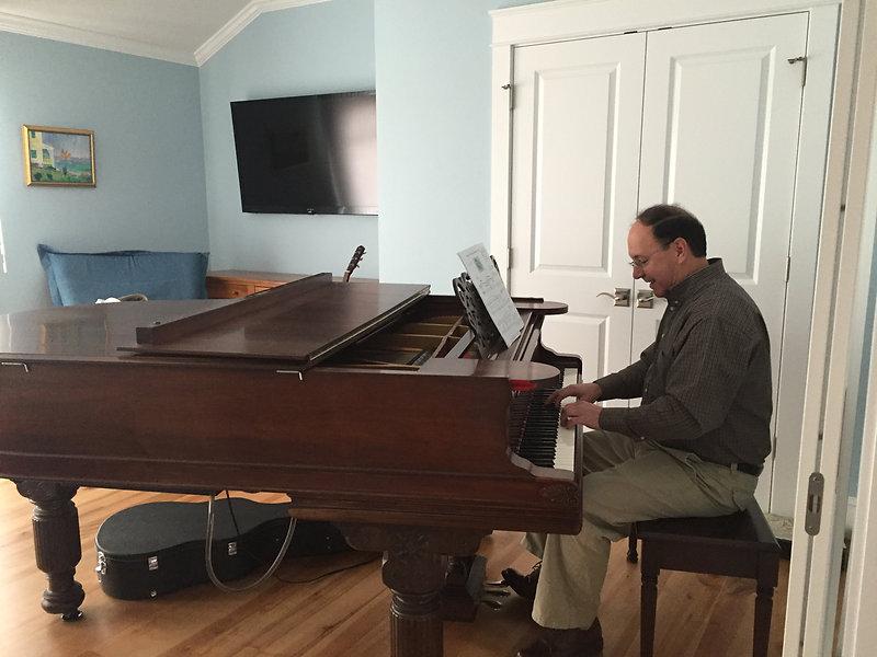 Joe Piano Pic Falmouth 2016.JPG