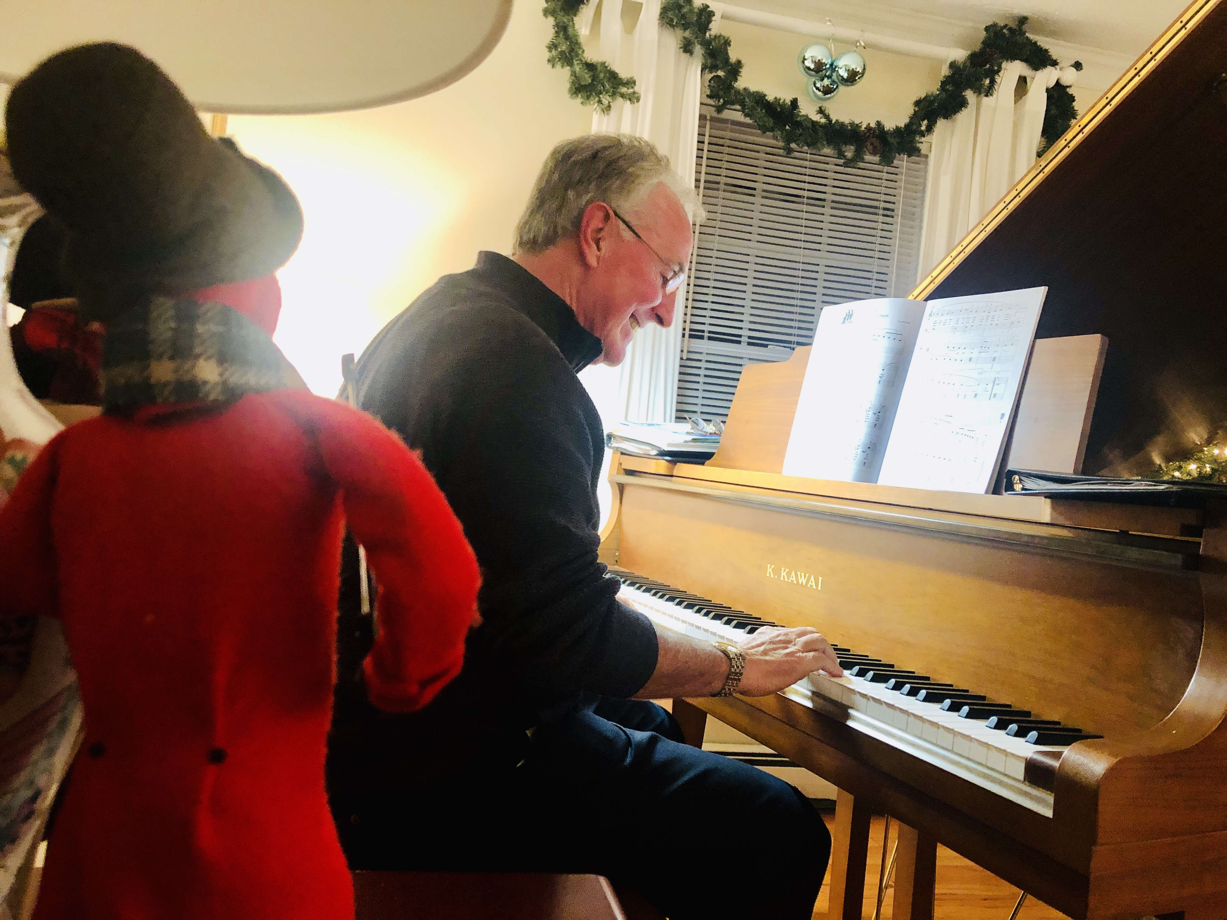 piano party dec 2019 john and caroler.jp