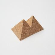 Overlapping Quadrangular Pyramid