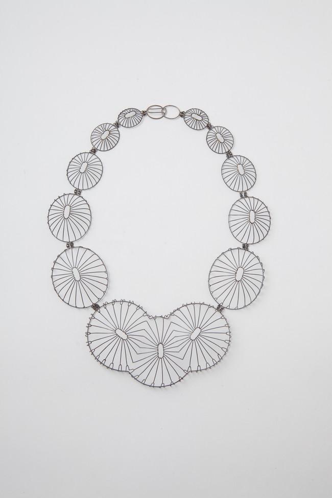 Bony petal necklace I