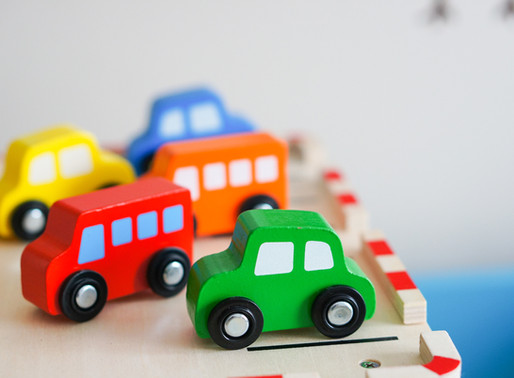 6 Tips for Traveling with Littles in the Car
