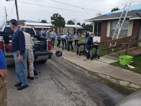 Students from Auburn University are ready to work in the community!