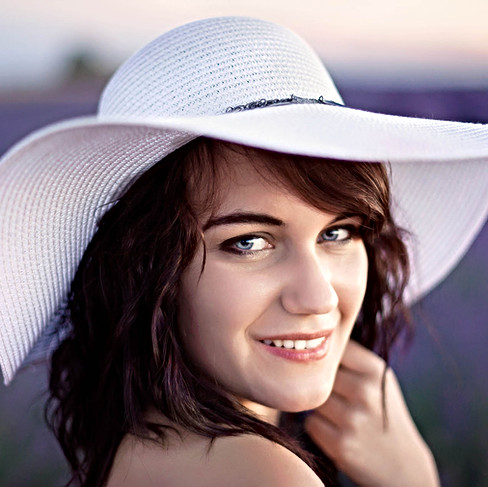 optimisation-julien loize-portrait-lavande-provence-photographe france.jpg
