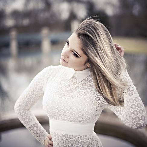 optimisation-google-loize-julien loize-photographe soissons-blonde-portrait.jpg
