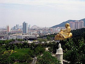 Der Qianfoshan-Park in Jinan.jpg