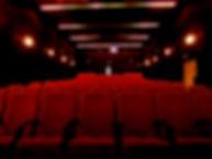 Komoedie Ruegen Theatersaal Blick auf Se