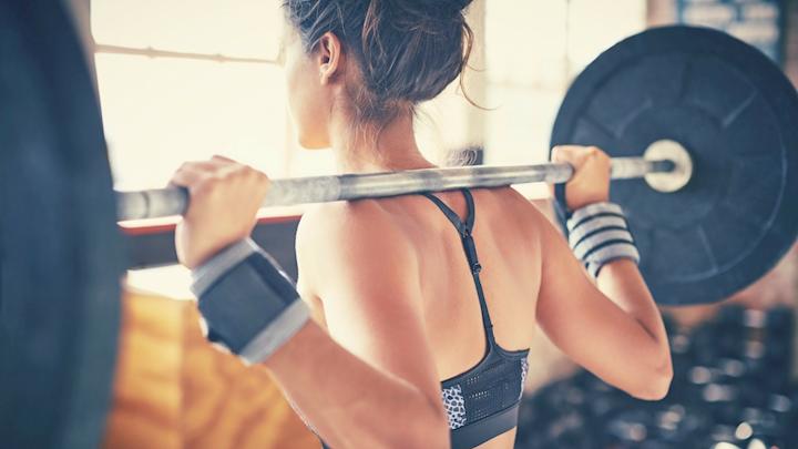 women weightlifting routine
