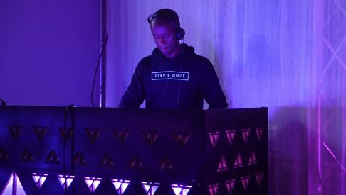 Aures London JA BIG DJ.jpg