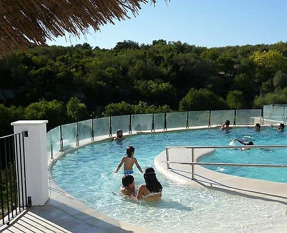 niños_en_piscina.jpg