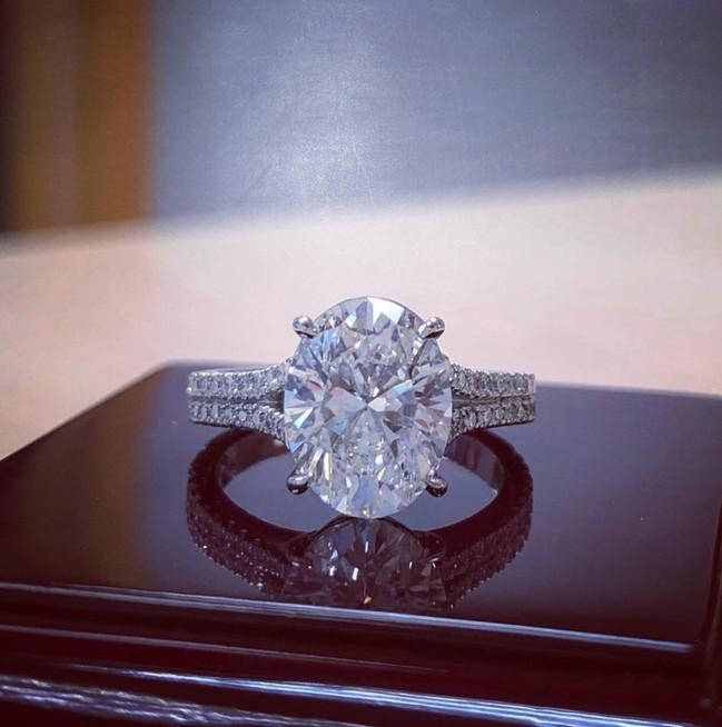 OVAL DIAMOND RING + PLATINUM ENGAGEMENT RING
