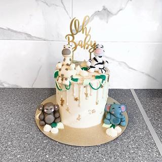 Jungle Baby Shower Cake 🐒🐨🌿 #cake #ca
