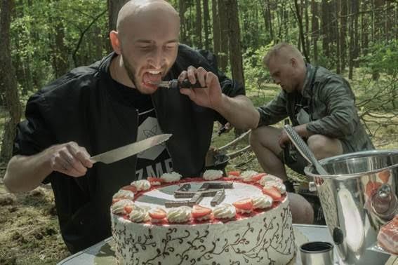 Tort z wafelkami.jpeg