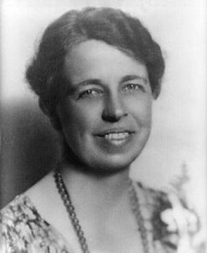 220px-Eleanor_Roosevelt_portrait_1933.jp