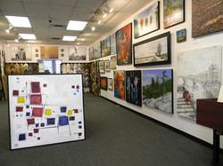gallery right