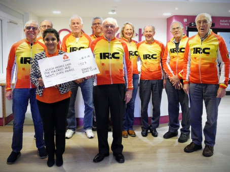 Icknield Road Club donate to the Keech Hospice