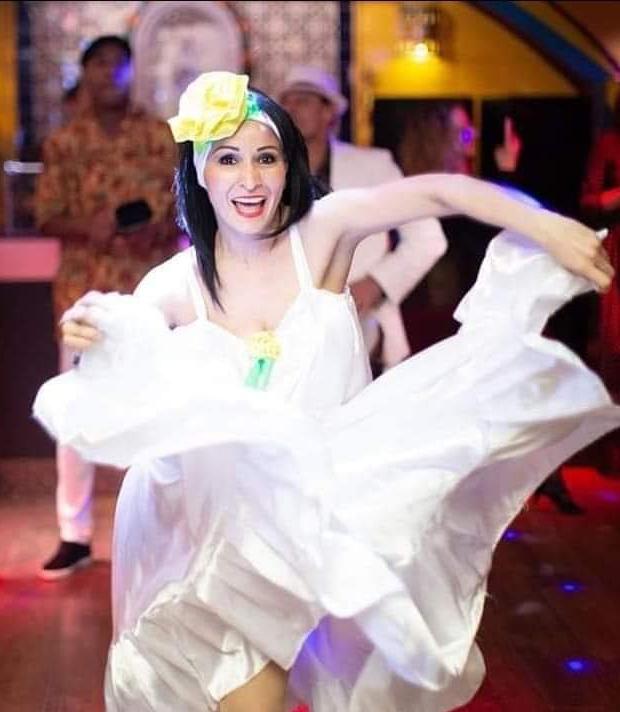 Преподаватель Латины Латинских танцев Есика Торрес Медина