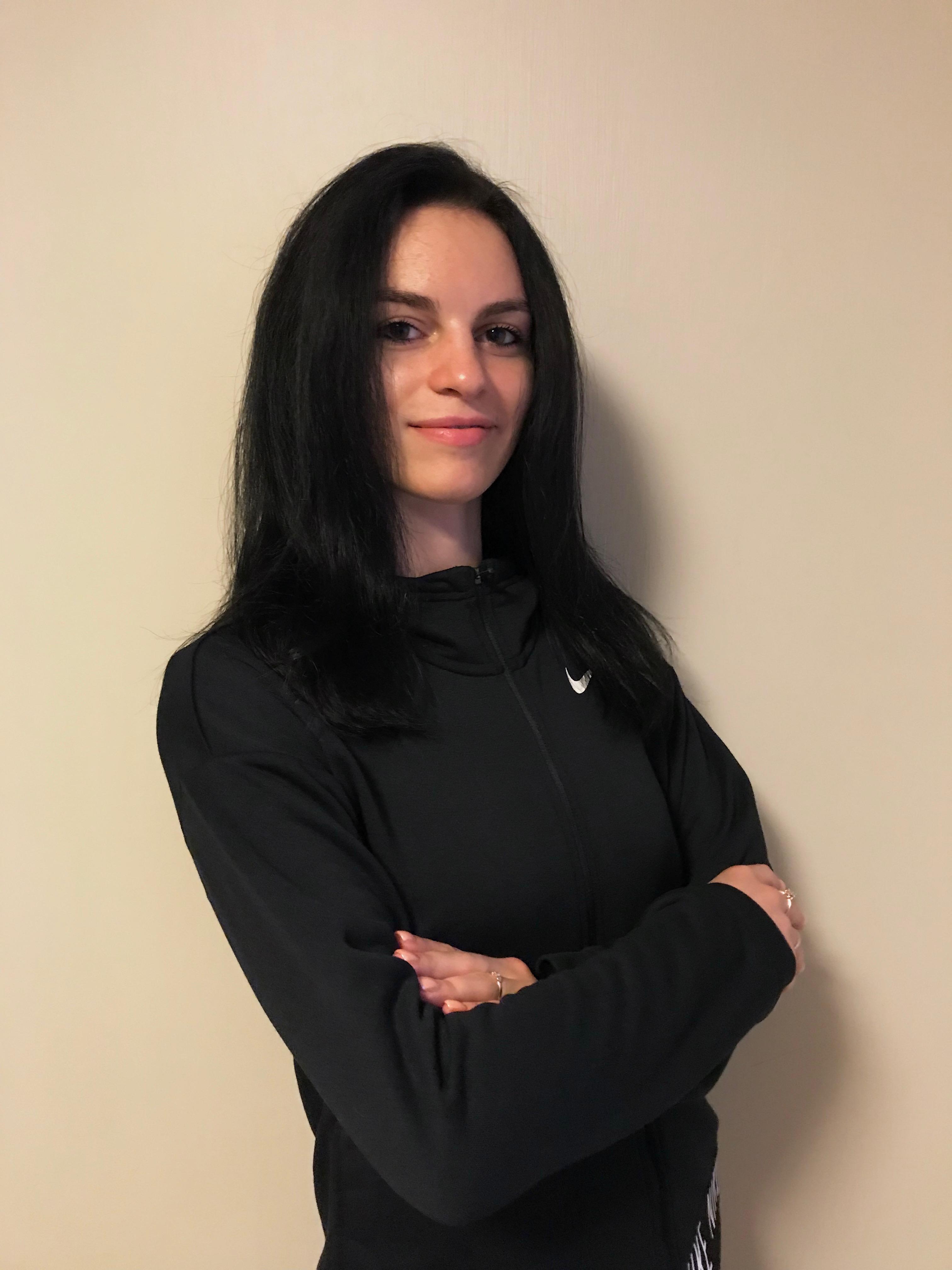 Тренер  Худ гимнастика Климова Нино