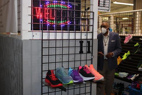 Shoe store MInimall .JPG
