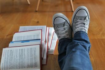 """""""Chronique d'un élève avocat"""" est un livre pour les étudiants écrit par un étudiant"""