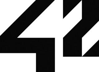 42… une école d'un genre nouveau