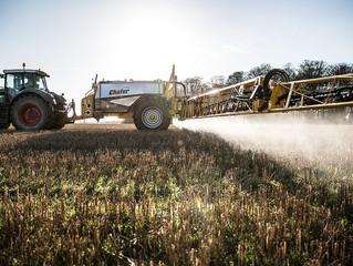 Pourquoi le glyphosate, un herbicide, fait l'actu
