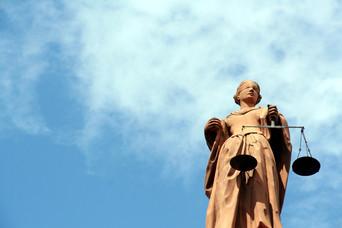 Le mandat d'arrêt européen à la lumière du droit au procès équitable À propos de l'affaire Pirozzi c