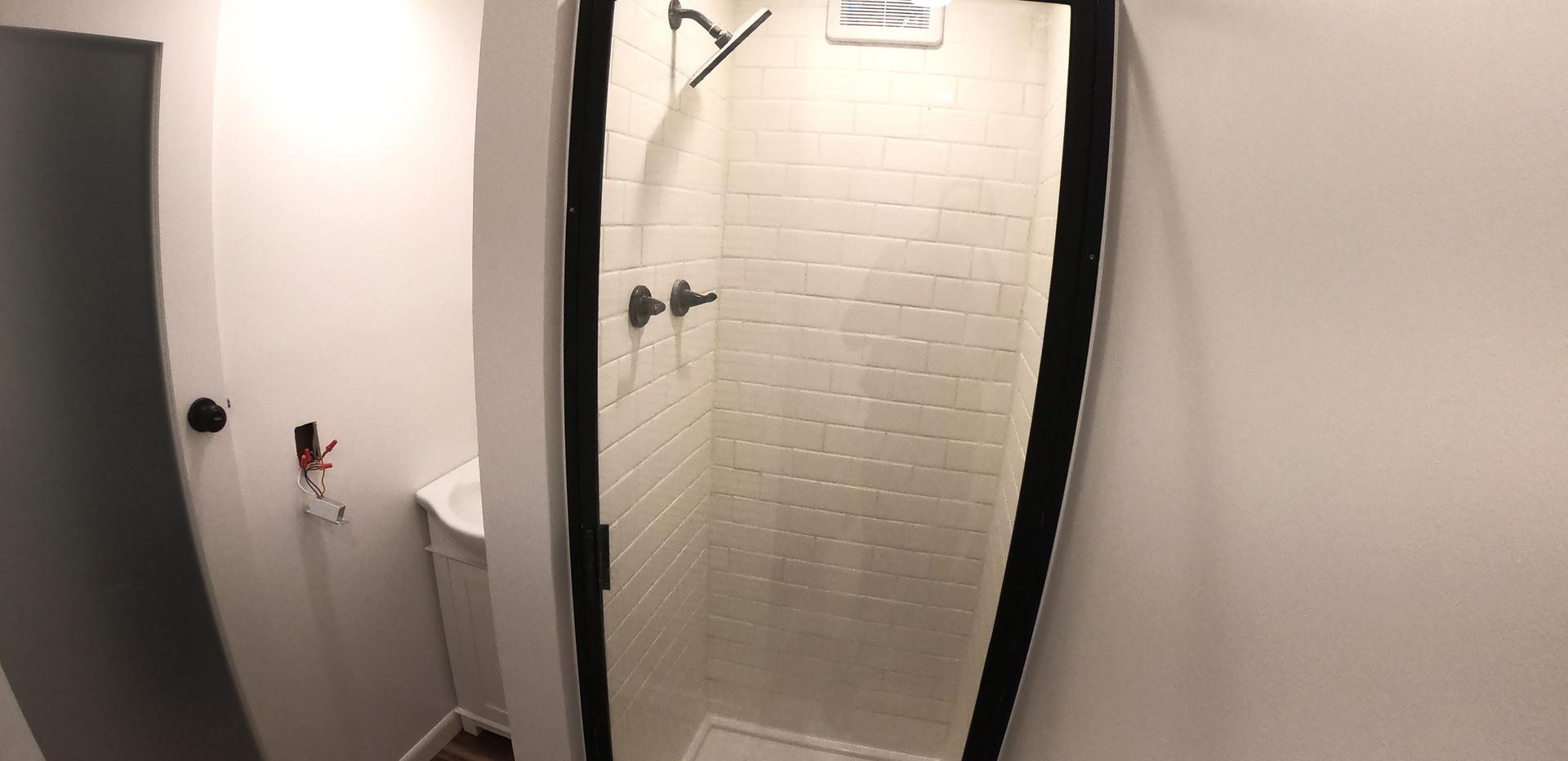 Interior-Bathroom-Shower.jpg