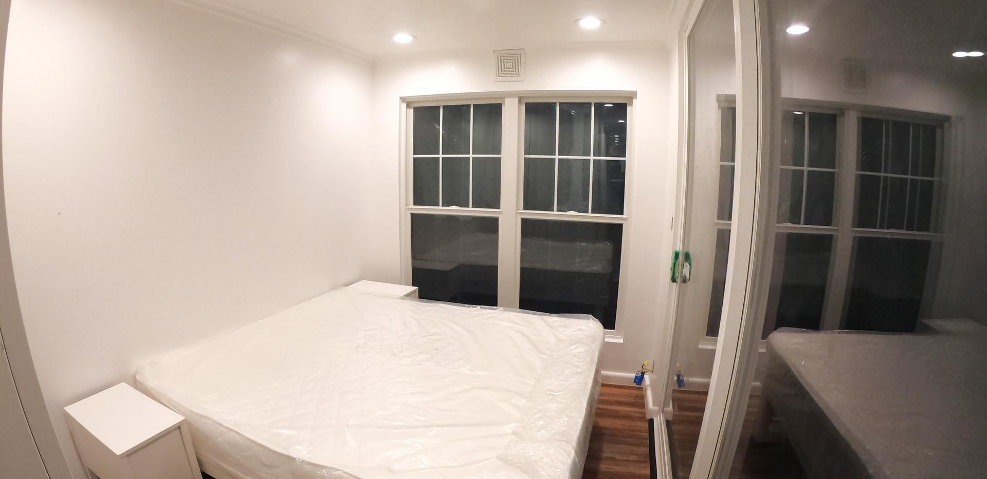 Interior-Bedroom-CustomBed.jpg