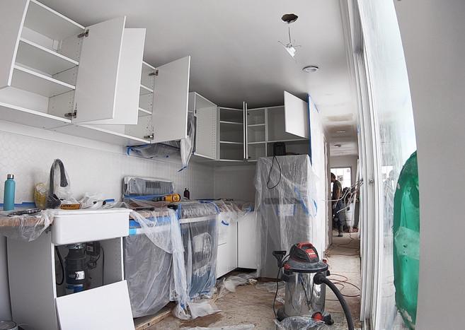 Interior_KitchenBuild.jpg