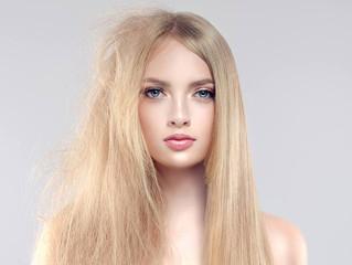 Сезон одуванчиков: как убрать пушистость волос?