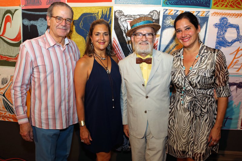 Don Ignacio Cortés, Elaine Shehab, Adelisa González-Lugo junto a Antonio Martorell