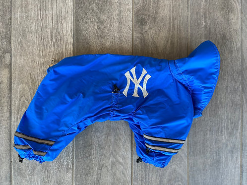 "Light SNOWSUIT  (back length 12"")"