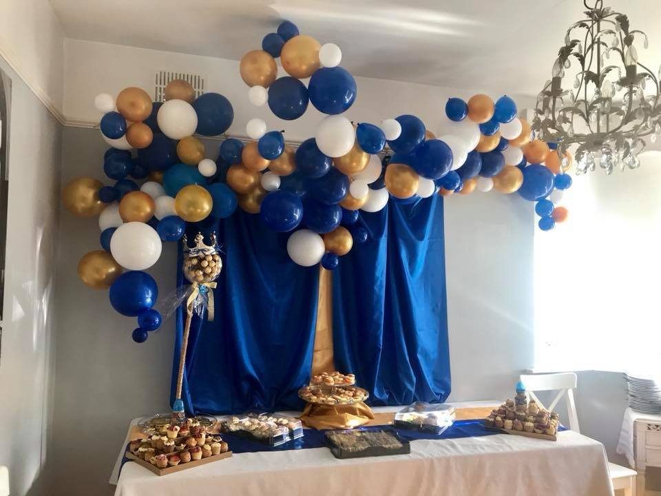Unique balloon installations are our thing!