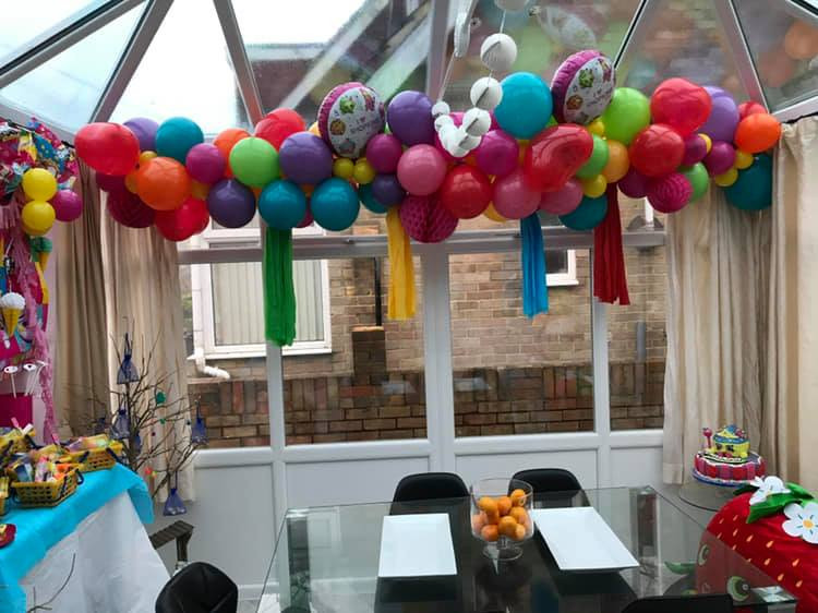 garlands and arches to fit anytheme or characters