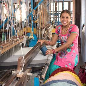 training handloom weavers
