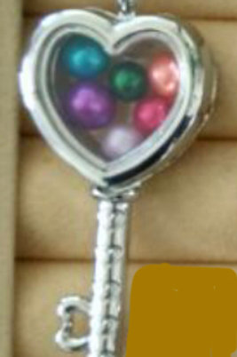 L31 Silver Plated Heart Key Locket