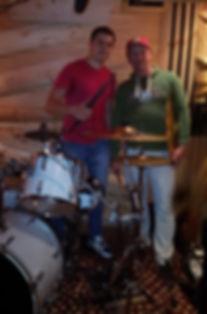 Барабанщик Дмитрий Оруджов город Тольятти со своим учеником Максимом Тихоновым город Жигулёвск