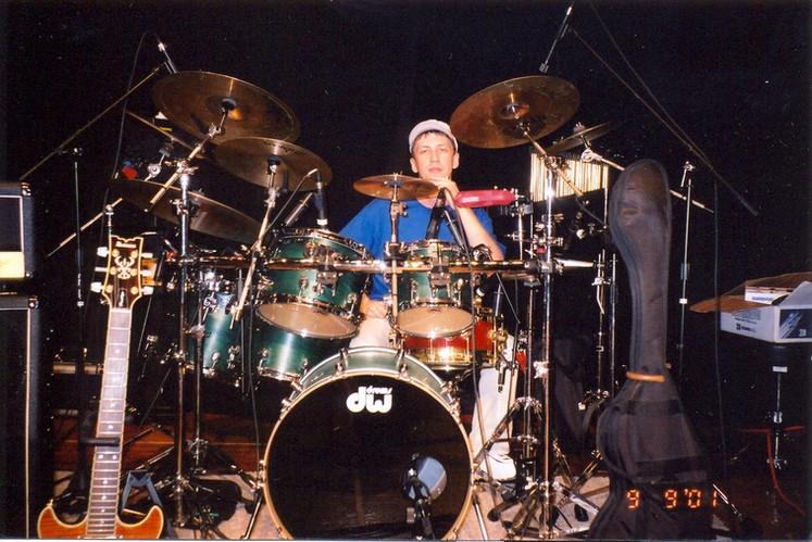 Drummer Dmitriy Orudzhov. Concert in Chicago USA