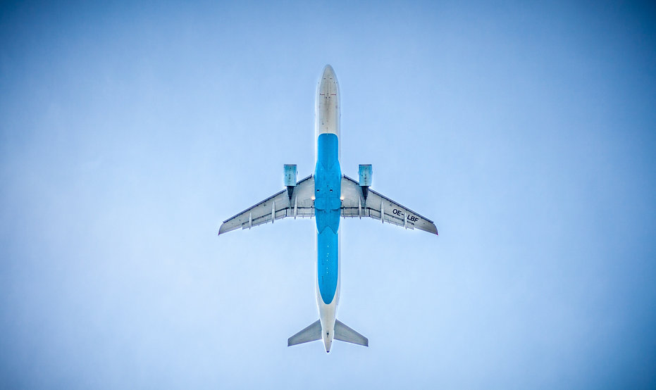 airplane-983991.jpg