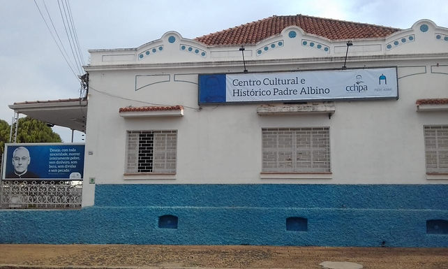 Museu reabre após um ano e cinco meses com 'estreia' de nova tela de Padre Albino