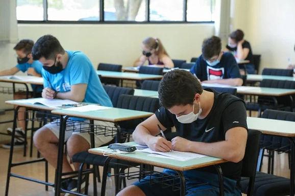 Preparação para o Enem e vestibulares eleva ansiedade em estudantes