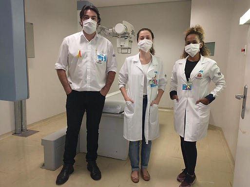 Equipes de saúde do AME Catanduva recebem orientações para setor de radiologia