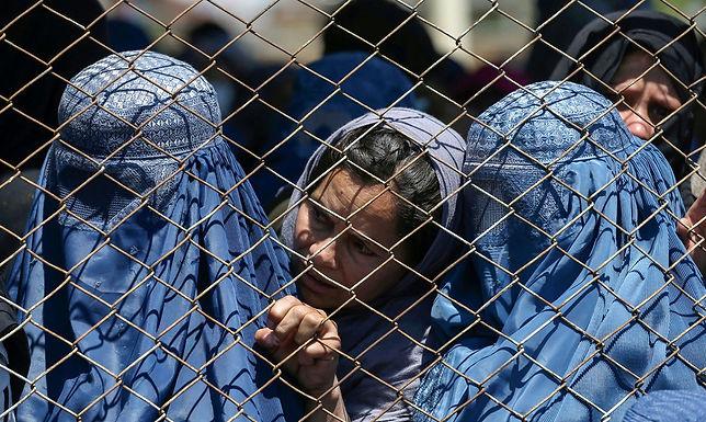 Instituições denunciam violação de direitos das mulheres no Afeganistão